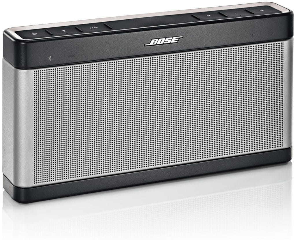 test de l 39 enceinte bluetooth bose soundlink 3 solide et puissante. Black Bedroom Furniture Sets. Home Design Ideas